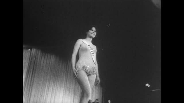 women walk the stage in swimsuits during the miss international pageant in long beach california / cu miss austria / cu miss hong kong gisella ma... - spielkandidat stock-videos und b-roll-filmmaterial
