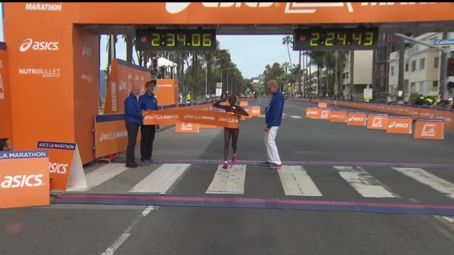 women's winner at the marathon, kenya's ogla kimaiyo won the women's race in 2:34.10. the 30th edition of the los angeles marathon took place on... - track and field event stock videos & royalty-free footage