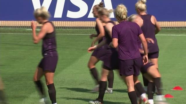 women's world cup 2019 england preparing to take on usa in semifinal france lyon ext various shots of england women's team training - playing stock videos & royalty-free footage
