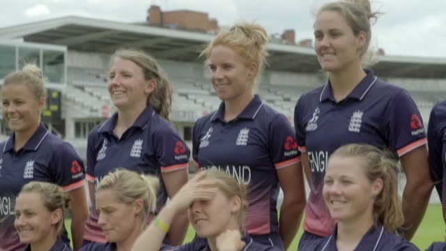 preview of england v india final at lord's; england: london: lord's cricket ground: ext various of england women's cricket team posing for photocall... - squadra di cricket video stock e b–roll