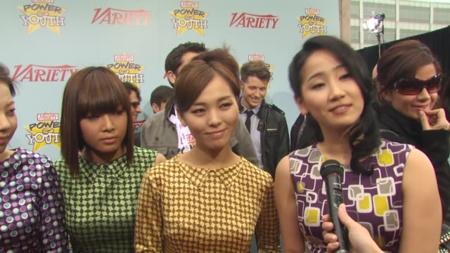vidéos et rushes de wonder girls on attending today's event and on what they're looking forward to today at the variety's 3rd annual power of youth event at los angeles... - k pop
