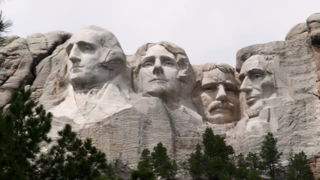 wonderful  video of view of mount rushmore national memorial of united states of america in south dakota. us historical presidents: washington, jefferson, roosevelt, lincoln - famous place stock videos & royalty-free footage