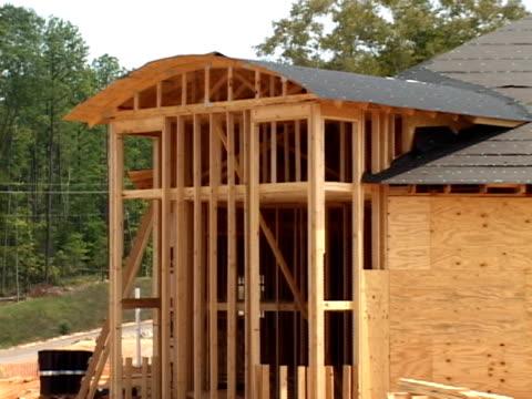 wood frame construction - filt bildbanksvideor och videomaterial från bakom kulisserna