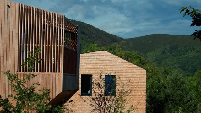 vidéos et rushes de wooden eco-houses in the vosges mountains, national park, unspoiled nature - neuf