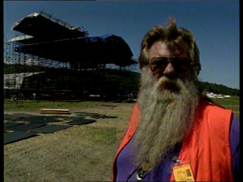 Woodstock 25 years on EXT Site CMS Duke Devlin intvwd SOT '69 is a different planet / the 90s are the 60s turned upside down / wind of change is...