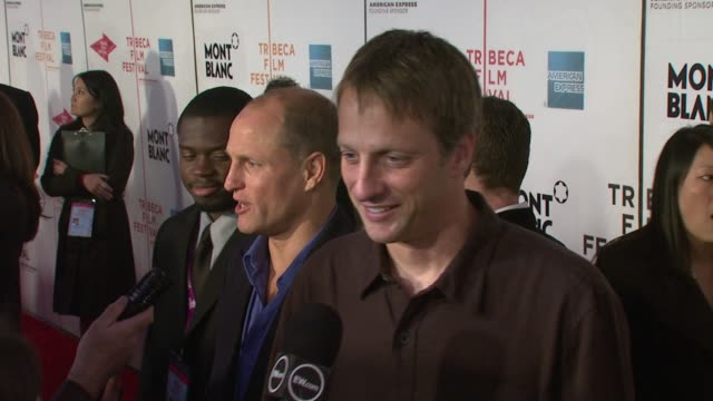 woody harrelson, and tony hawk at the 'the grand' at the 2007 tribeca film festival at bmcc tribecapac in new york, new york on april 27, 2007. - woody harrelson stock-videos und b-roll-filmmaterial