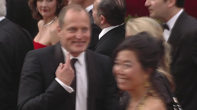 woody harrelson and wife laura louie at the 82nd annual academy awards - arrivals part 2 at los angeles ca. - woody harrelson stock-videos und b-roll-filmmaterial