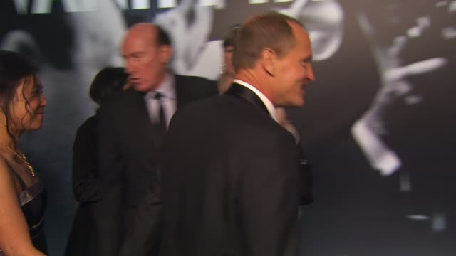 woody harrelson at the 2010 vanity fair oscar party hosted by graydon carter at west hollywood ca - woody harrelson stock-videos und b-roll-filmmaterial