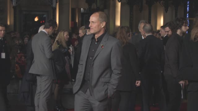 woody harrelson at 'the hunger games mockingjay part 2' uk film premiere at odeon leicester square on november 5 2015 in london england - woody harrelson stock videos & royalty-free footage
