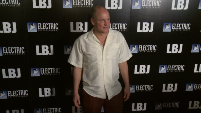 """woody harrelson at the """"lbj"""" premiere at arclight hollywood on october 24, 2017 in hollywood, california. - woody harrelson stock videos & royalty-free footage"""