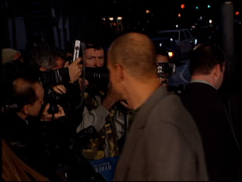 woody harrelson at the 'say it isn't so' premiere on march 12 2001 - woody harrelson stock videos & royalty-free footage