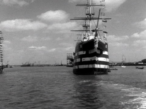 hms worcester is anchored next to the cutty sark 1953 - anchored stock videos & royalty-free footage