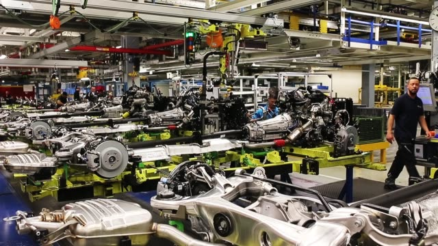 workers assemble an s-class sedan at the mercedes-benz plant on january 24, 2018 in sindelfingen, germany. daimler ag, which owns the mercedes-benz... - raw footage stock videos & royalty-free footage