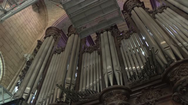 FRA: EXCLUSIVE: Notre-Dame: work begins dismantling cathedral's organ