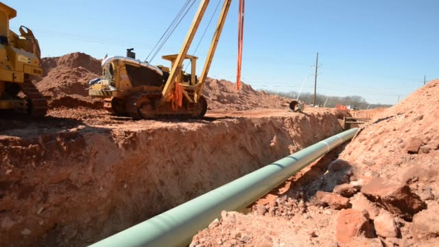 workers equipment machinery oklahoma oil pipeline on march 11 2013 in prague oklahoma - prague stock videos & royalty-free footage