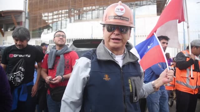 workers from the chuquicamata mine in northern chile which belongs to the state company codelco the biggest producer of copper in the world begin an... - antofagasta region stock videos and b-roll footage
