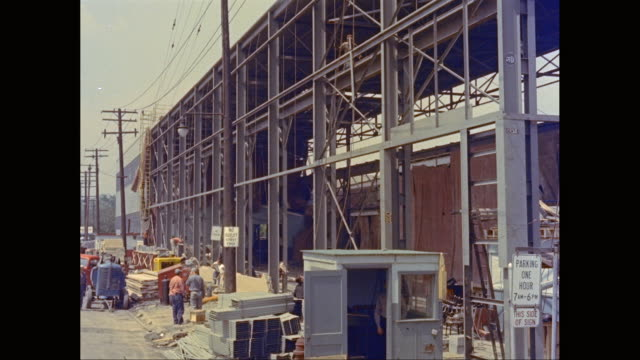 WS Workers working at construction site / United States