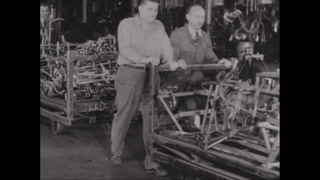 MS Workers working in factory / United States