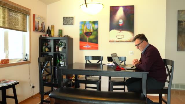 working at home office - 書斎点の映像素材/bロール