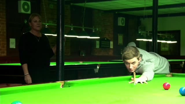 ronnie o'sullivan crashes out in stunning defeat to james cahill england sheffield ext james cahill interview sot various shots of cahill playing... - world championship stock videos & royalty-free footage