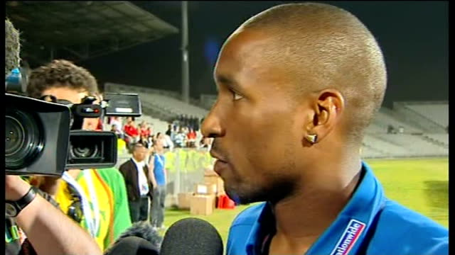 england beat platinum stars in warm-up match; jermain defoe speaking to press at pitchside sot - platinum stock-videos und b-roll-filmmaterial