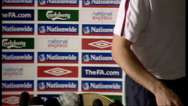 england press conference frank lampard press conference sot we're too busy to get on friends been friends with rio ferdinand since youth at west ham... - west ham fc stock-videos und b-roll-filmmaterial