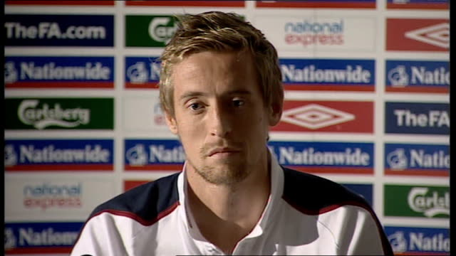 England press conference Peter Crouch press conference SOT Good to have those different options for the manager people will ask question about...