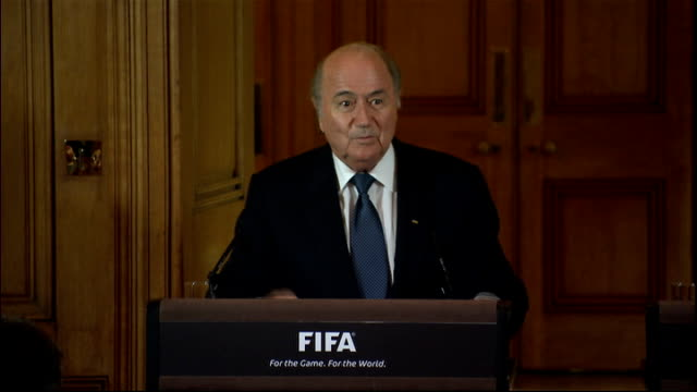 sepp blater and david cameron press conference blatter press conference sot mr prime minister you called me twice on the phone and i think this is... - sportplatz stock-videos und b-roll-filmmaterial