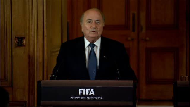stockvideo's en b-roll-footage met sepp blater and david cameron press conference; sepp blatter press conference sot - coming to england and london is always a very exciting experience... - english football association