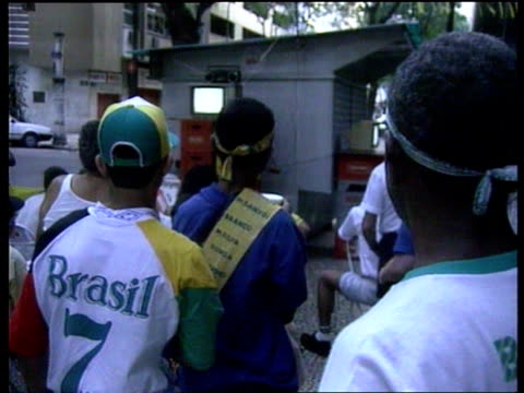 rio de janeiro gv beach and seashore ms girls in carnival clothing dancing ms two more ditto ms more ditto man spectator cheering and clapping sot... - hair accessory stock videos & royalty-free footage