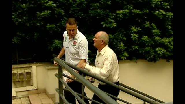 stockvideo's en b-roll-footage met world cup reaction to semifinals france paris ext brian ashton along up steps - halve finale