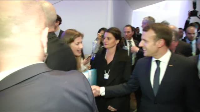 world leaders at the world economics forum meeting in davos switzerland - ダボス点の映像素材/bロール