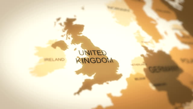4k world map animation (united kingdom) - europa continente video stock e b–roll