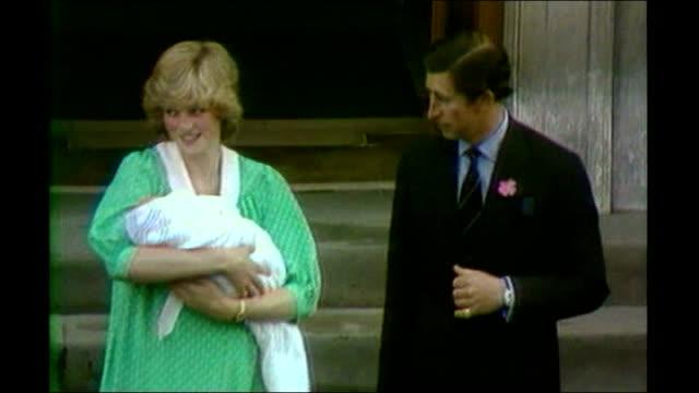 World media still awaiting Royal birth S11051101 St Mary's Hospital Lindo Wing entrance as Prince Charles carrying baby and Diana Princess of Wales...