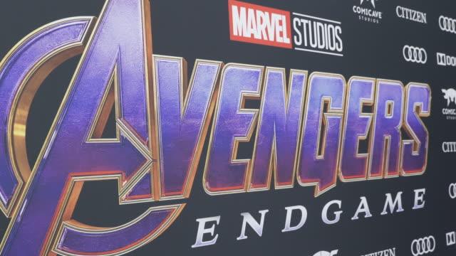 """world premiere of marvel studios' """"avengers: endgame"""" at los angeles convention center on april 22, 2019 in los angeles, california. - atmosfär råmaterial bildbanksvideor och videomaterial från bakom kulisserna"""
