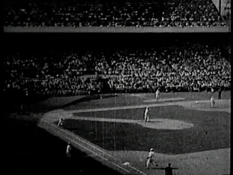 vídeos de stock e filmes b-roll de world series baseball game between the chicago white sox and the cincinnati reds / chicago illinois united states - 1919