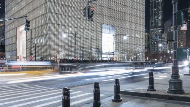 stockvideo's en b-roll-footage met world trade center pan and tilt time lapse - new york - gekanteld