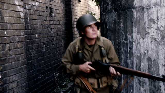 world war 2 soldiers - arm stock videos & royalty-free footage