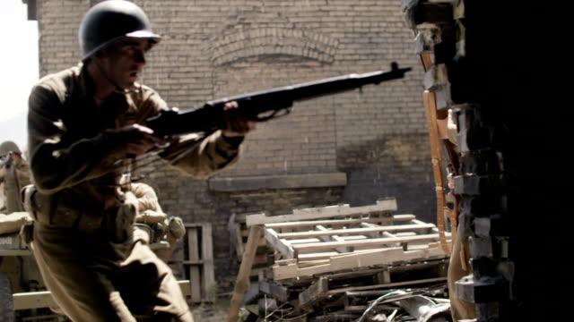 vidéos et rushes de soldats de la 2e guerre mondiale - soldat