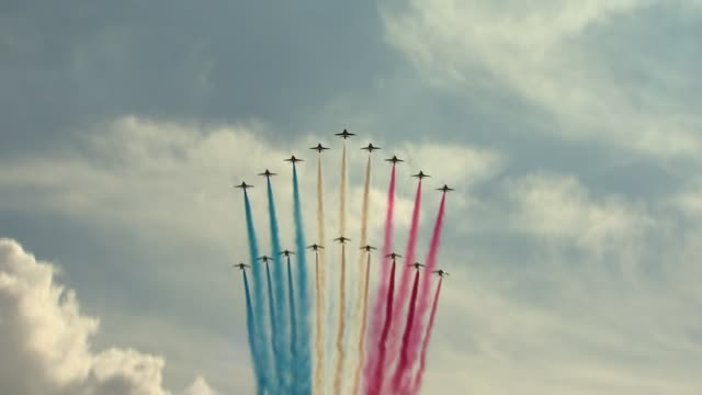 world war flypast in london commemorating the appeal of 18 june england london trafalgar square ext red arrows and la patrouille de france flypast... - war and conflict stock-videos und b-roll-filmmaterial