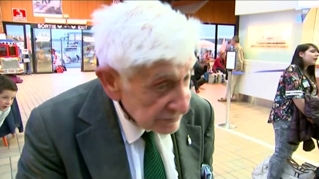 world war ii: 70th anniversary of d-day landings; frnce: normandy: caen ferry terminal: int bernard jordan interview sot - i wanted to go to this... - itv news at ten点の映像素材/bロール