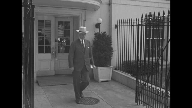 world war ii / homefront / media outside white house / car pulls up secretary of war harry hines woodring disembarks / car pulls up attorney general... - cordell hull stock videos and b-roll footage