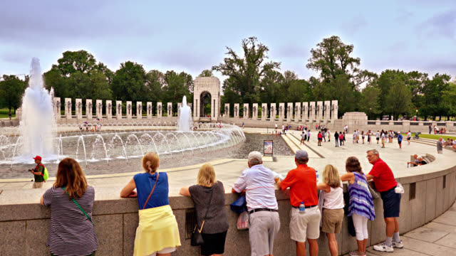 world war ii memorial. people looking at fountain. washington dc - world politics stock videos & royalty-free footage