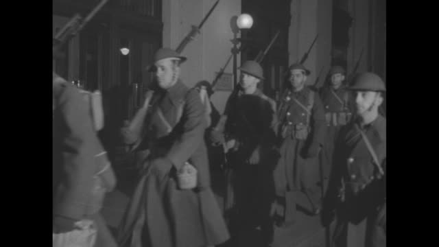world war ii / united states war department / armed soldiers patrolling outside war department - world war ii stock-videos und b-roll-filmmaterial