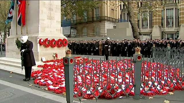 World War One Centenary Armistice Day commemorations Cenotaph ceremony Bugler SOT / GVs people standing for two minutes of silence / GVs Guards of...