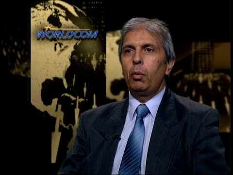 confidence effects; itn professor prem sikka interview sot - many of our accounting standards allow choices for companies/ can produce very different... - worldcom stock-videos und b-roll-filmmaterial