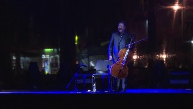 world-renowned chinese american cellist yo-yo ma performs in mexico, as part of a project that began in 2018 to perform johann sebastian bach's six... - johann sebastian bach stock-videos und b-roll-filmmaterial