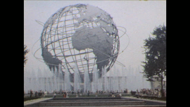vídeos de stock, filmes e b-roll de worlds fair walk around the fair on october 25 1964 in flushing meadows ny - flushing meadows corona park