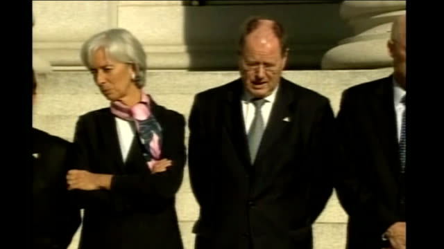 worldwide economic crisis and credit crunch imf warning ext paulson and g7 finance ministers posing for photocall - g7サミット点の映像素材/bロール