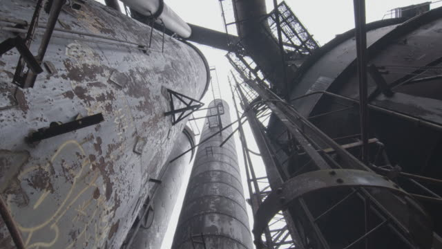 worms eye view shot through tubes and the cowper stoves in the carrie furnace facility - pennsylvania stock videos & royalty-free footage